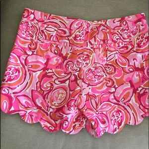 Cute Vibrant Pink  Lilly Pulitzer Buttercup Shorts